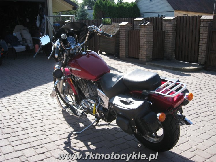 HONDA VT1100 SHADOW SPIRIT VT 1100 - 1